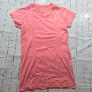 Lululemon coral swiftly tech shirt size 6